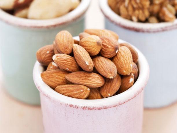 4 τροφές που κρύβουν μέσα τους τα μυστικά της υγείας, της ευεξίας και του αδυνατίσματος…